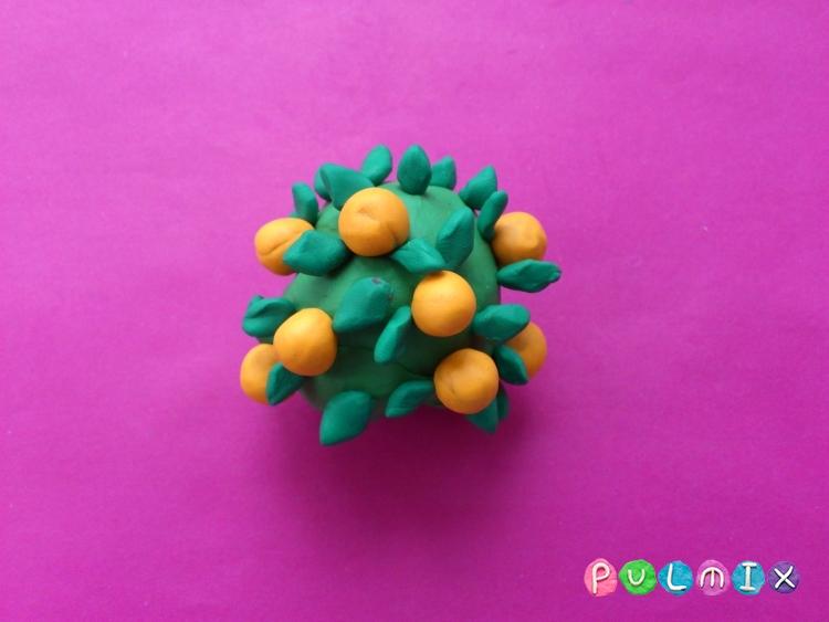 Как слепить апельсиновое дерево из пластилина - шаг 7