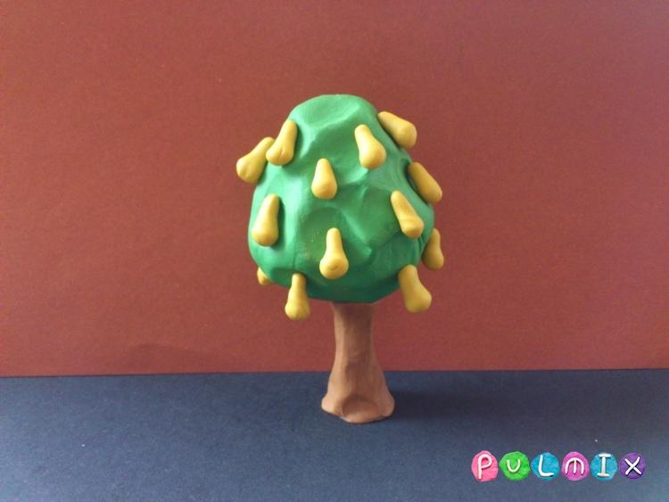 Как слепить грушу с плодами из пластилина - шаг 7