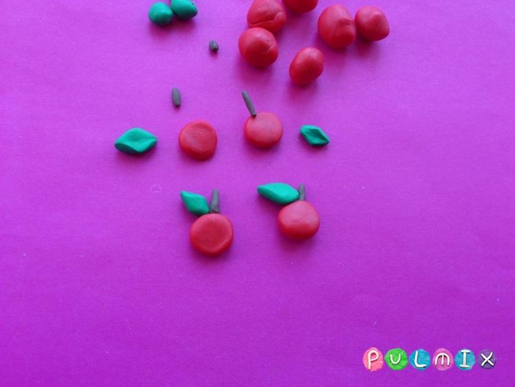 Как слепить яблоню с плодами из пластилина - шаг 5