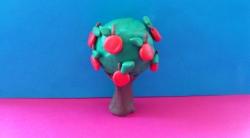 Как слепить яблоню с плодами из пластилина