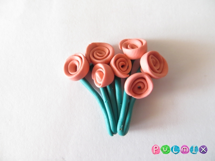 Как слепить букет роз из пластилина поэтапно - шаг 5