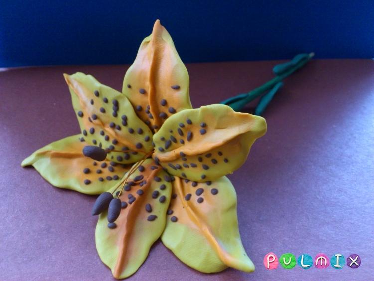 Как слепить цветок лилию из пластилина поэтапно - шаг 15