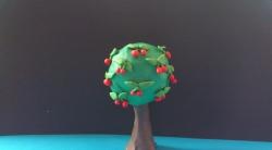 Как слепить дерево вишню с плодами из пластилина