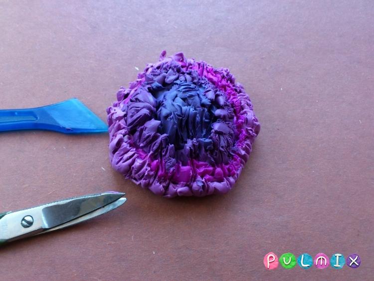Как слепить хризантему из пластилина поэтапно - шаг 6