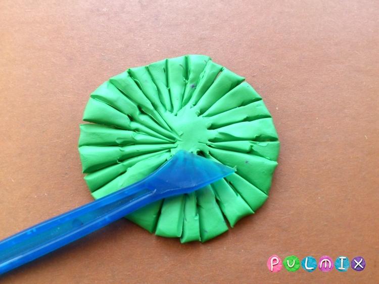 Как слепить хризантему из пластилина поэтапно - шаг 8