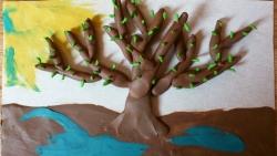 Как слепить весеннее дерево из пластилина на картоне поэтапно