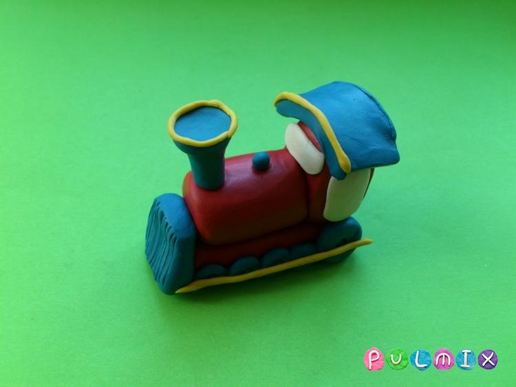 Как слепить паровозик из пластилина - шаг 7