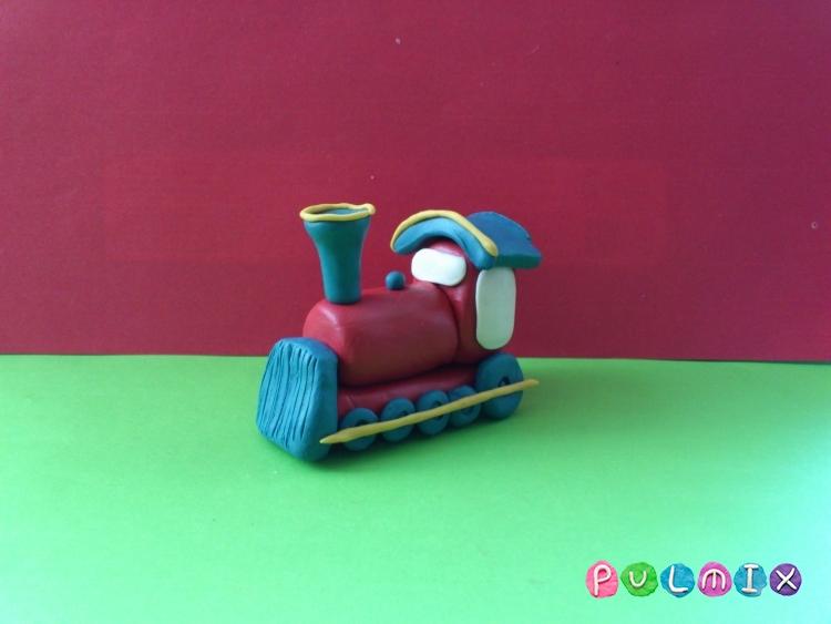 Как слепить паровозик из пластилина - шаг 8
