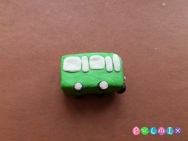 Как легко слепить троллейбус из пластилина фото урок - шаг 6