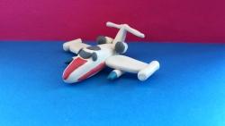Как слепить игрушечный самолетик из пластилина поэтапно
