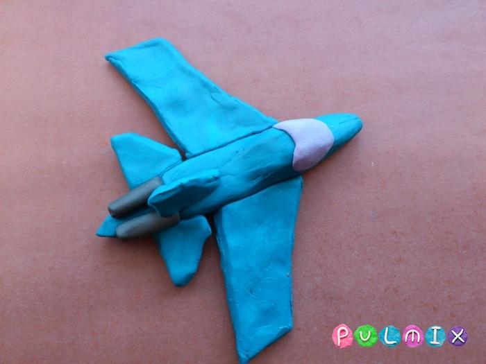 Как слепить из пластилина самолет-истребитель поэтапно - шаг 9