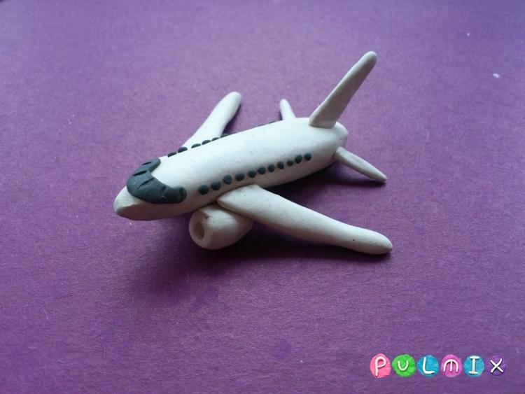 Как слепить самолет Фрегат Экоджет из пластилина - шаг 8