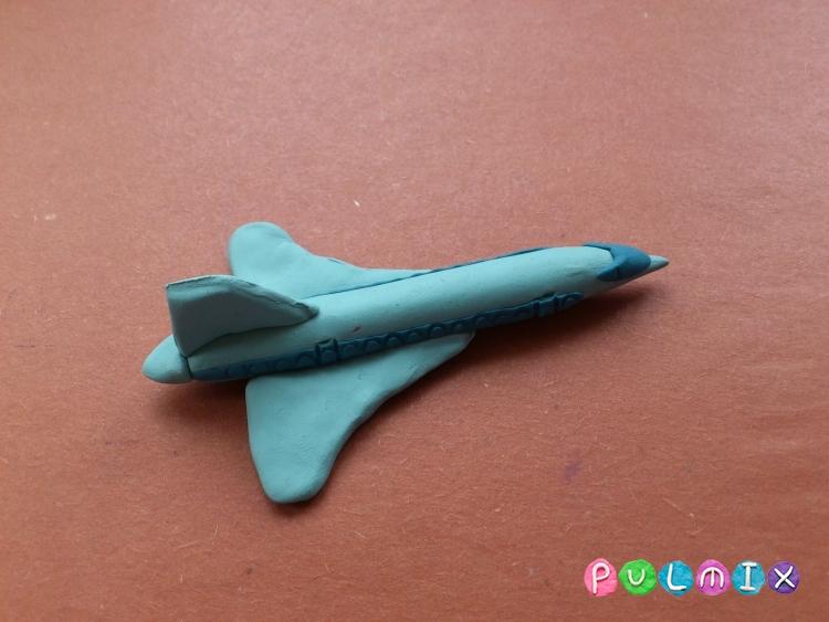 Как слепить самолет Ту-144 из пластилина поэтапно - шаг 9
