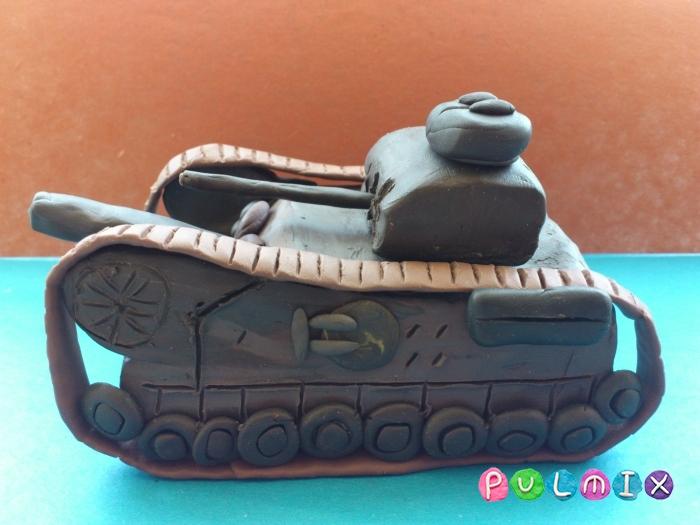 Как слепить танк Черчилль из пластилина поэтапно - шаг 16