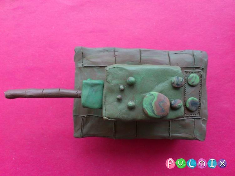 Как слепить танк КВ-2 из пластилина поэтапно - шаг 7