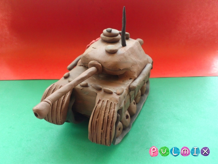 Как слепить танк Пантера из пластилина ребенку - шаг 18