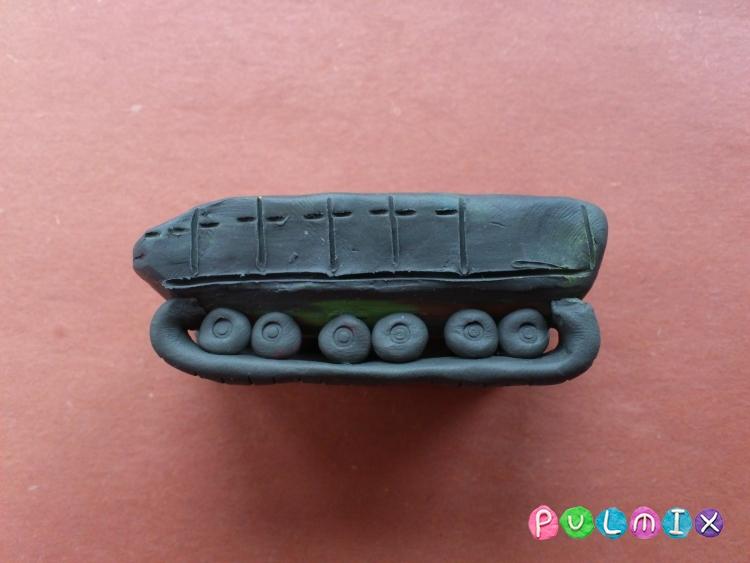 Как слепить танк Т-14 Армата из пластилина поэтапно - шаг 4
