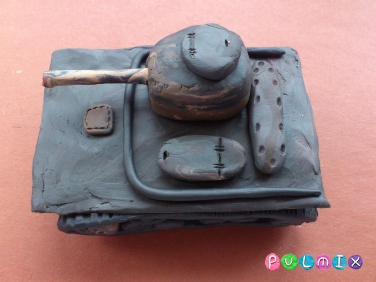 Как слепить танк Т-37А из пластилина урок с фото - шаг 13