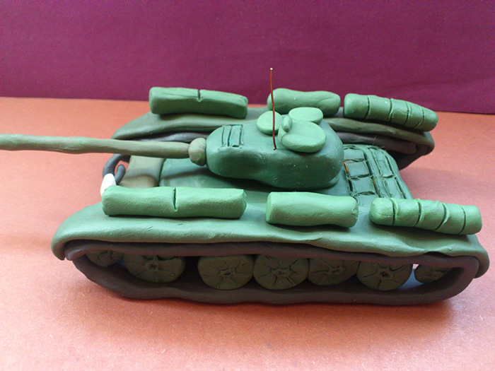 Как слепить танк Т-44 из пластилина пошаговый урок - шаг 21