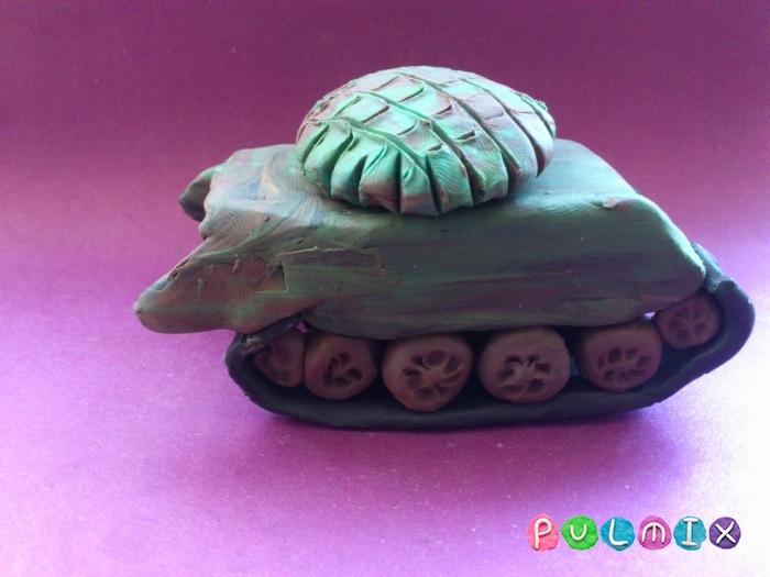 Как слепить танк Т-72 из пластилина поэтапно - шаг 17