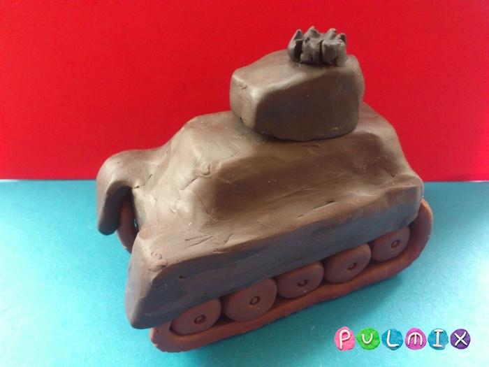 Как слепить танк Тигр из пластилина поэтапно - шаг 12