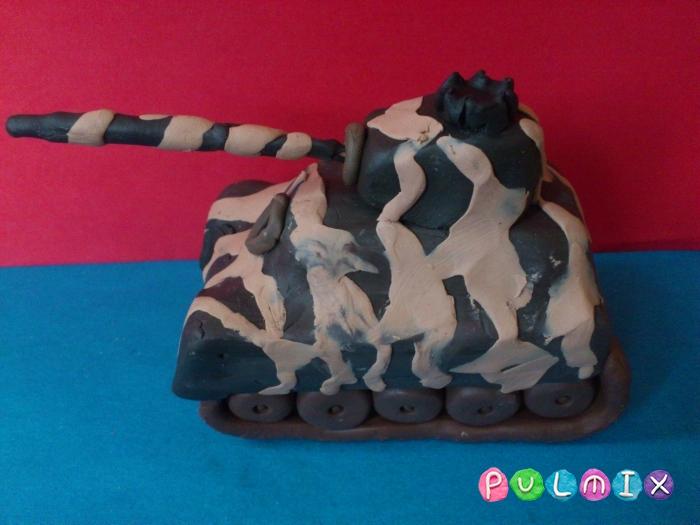 Как слепить танк Тигр из пластилина поэтапно - шаг 14