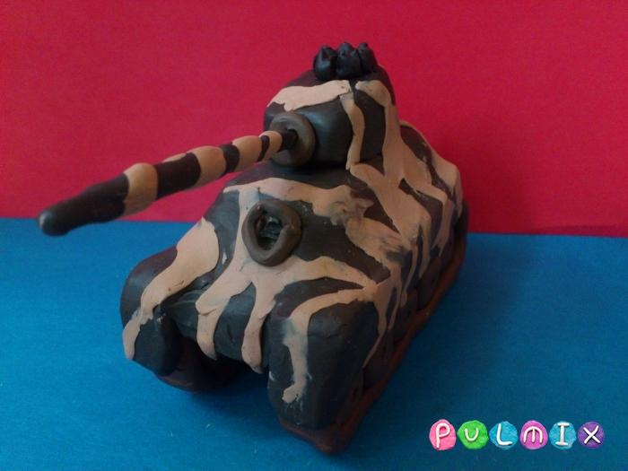 Как слепить танк Тигр из пластилина поэтапно - шаг 15