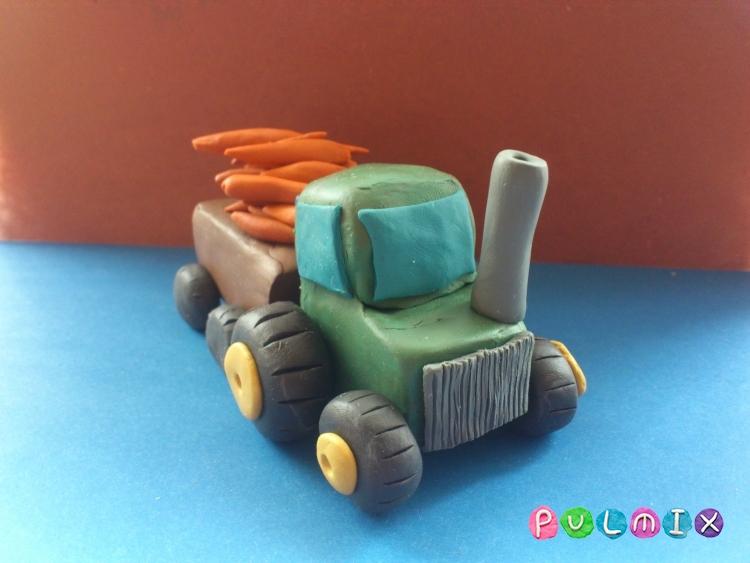 Как слепить трактор с прицепом из пластилина - шаг 14