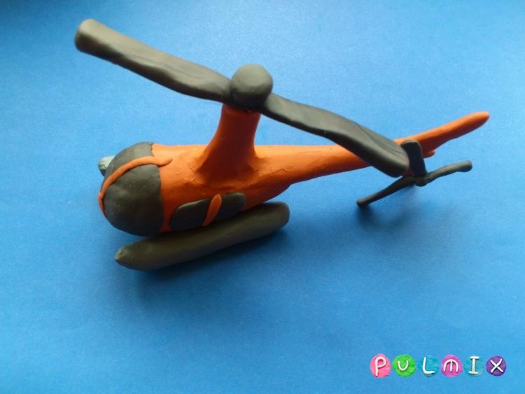 Как слепить вертолет Robinson R44 из пластилина - шаг 13