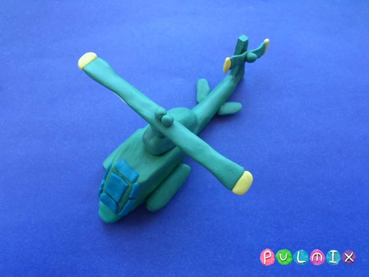 Как слепить вертолет Кобра из пластилина поэтапно - шаг 9