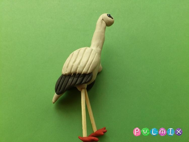 Как сделать аиста из пластилина своими руками - шаг 9