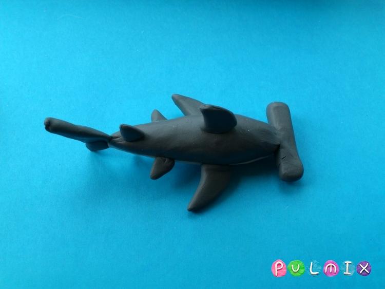 Как слепить акулу-молот из пластилина поэтапно - шаг 6