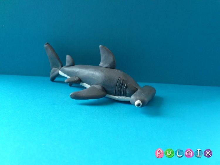 Как слепить акулу-молот из пластилина поэтапно - шаг 8