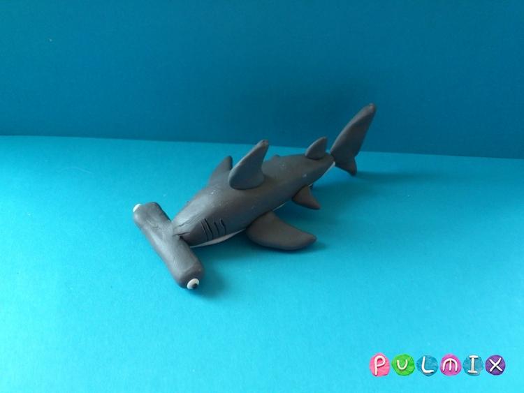 Как слепить акулу-молот из пластилина поэтапно - шаг 9