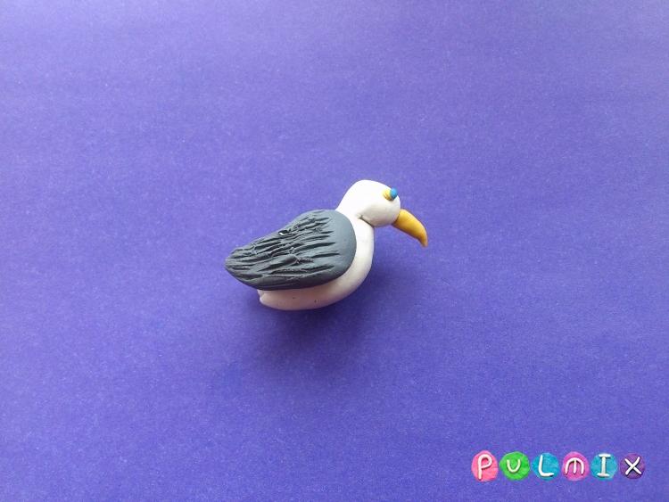 Как слепить чайку из пластилина поэтапно - шаг 6