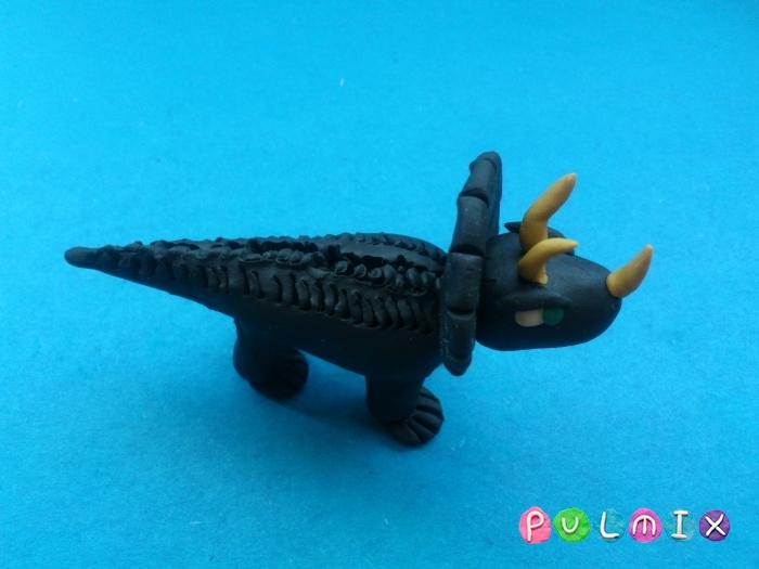 Как слепить динозавра Трицератопса из пластилина - шаг 12