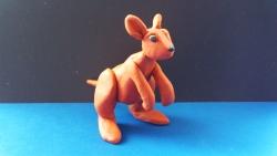 Как слепить кенгуру из пластилина поэтапно