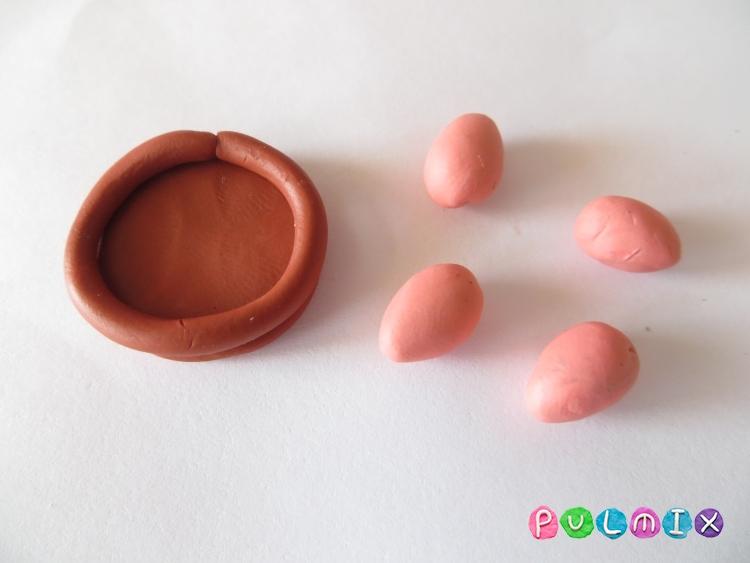 Как слепить курочку сидящую на яйцах поэтапно - шаг 4