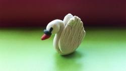 Как слепить лебедя из пластилина своими руками поэтапно