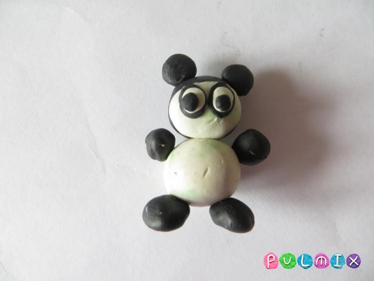 Как слепить маленькую панду из пластилина поэтапно - шаг 8