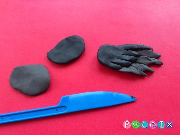 Как слепить ворону из пластилина поэтапно - шаг 4