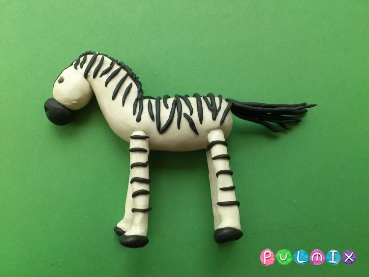 Как слепить зебру из пластилина поэтапно - шаг 12