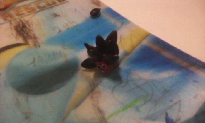 Лепка ежика из пластилина и семечек своими руками поэтапно