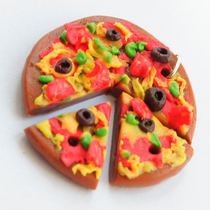 Как слепить пиццу из пластилина