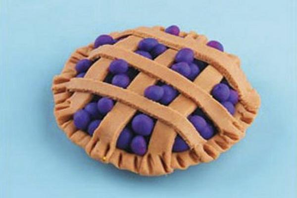 Как сделать пирог из пластилина
