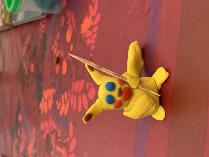 Лепка покемона Пикачу из пластилина своими руками поэтапно